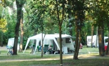 camping-calme-et-reposant-1.jpg